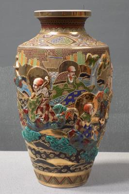Large oriental vintage vase, approx 19 inches high