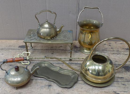 Selection of mixed brassware inc kettles