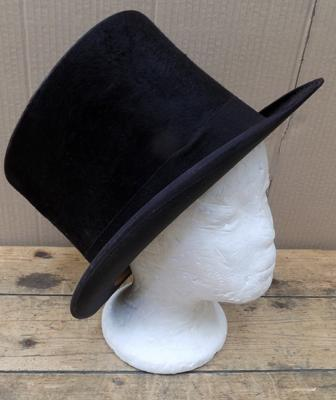 Top hat-Bissington of Briggate, Leeds
