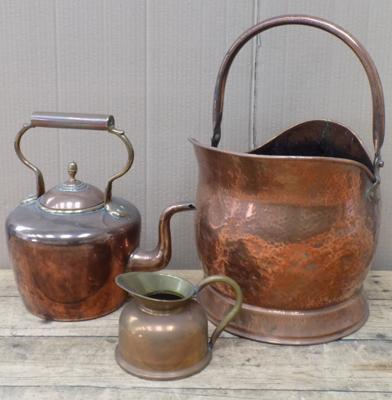 Copper coal scuttle, kettle & jug
