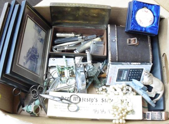 Tray of vintage collectables - penknives, lighters, jewellery, Deco clock etc...