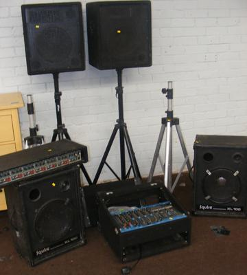 2 pairs of speakers with stands, Carlsboro Power Module Amp + Citronic DJ mixer, with all leads - W/O, ideal for DJ etc...