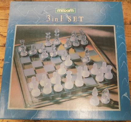 3 in 1 glass chess and draught set - complete