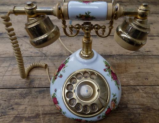 Vintage telephone - Royal Albert, Country Rose