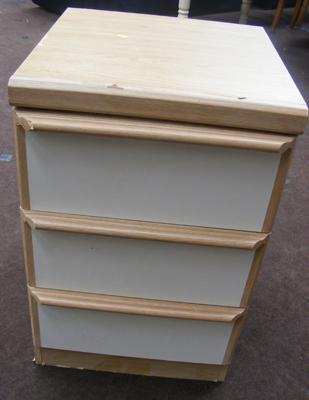 3 drawer bedside unit - 28 inches tall