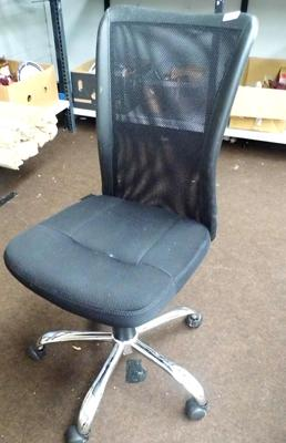 5 Leg office/desk chair