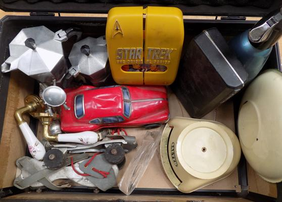 Case of vintage items incl. red car
