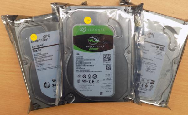 2x Seagate 2000GB & 1x Seagate 1TB hard drives
