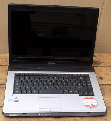 Toshiba satelite pro A200 laptop-no leads