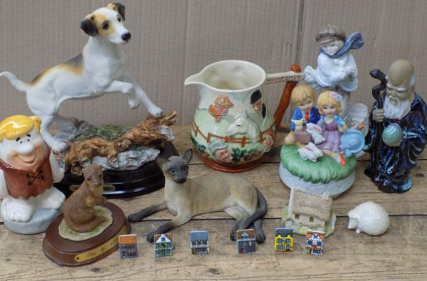 Mixed box of ceramics inc Leonardo, Lancaster etc