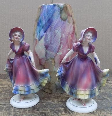 Pair of figures (1 damaged) and glazed vase