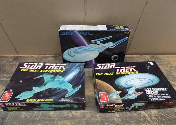 3x Star Trek vintage models-new