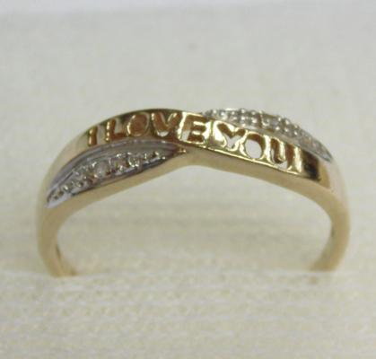 9ct gold & diamond 'I Love You' cross over ring, size L 1/2