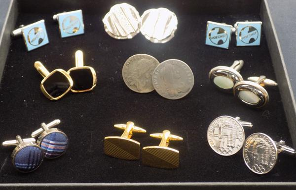 9 sets of cufflinks