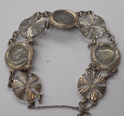 Vintage antique silver threepence coin bracelet (22g)