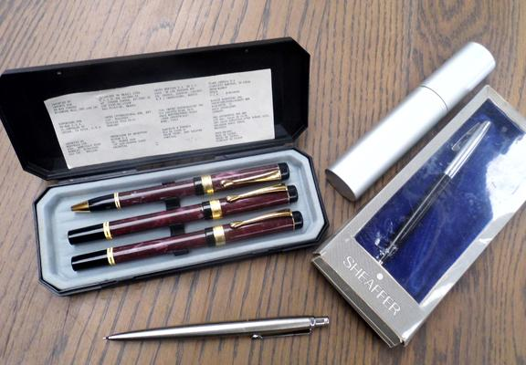 Selection of pens & pencil inc Sheaffer, Parker etc