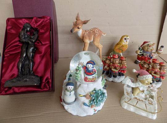 Collection of Christmas ornaments x 8 - large snow globe, drumming bear, Disney Pooh's Sleigh Ride etc... (Martin Aston figure broken)