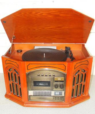 Vintage record player/CD cassette + radio