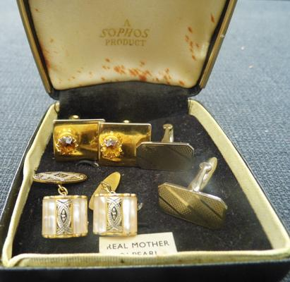3x Sets of cuff links in box