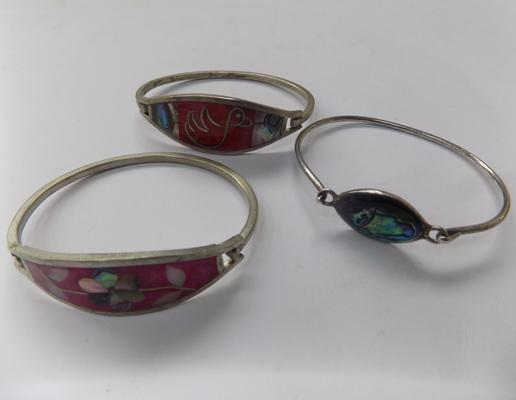 3x Alpaca silver bangles with inlaid shell