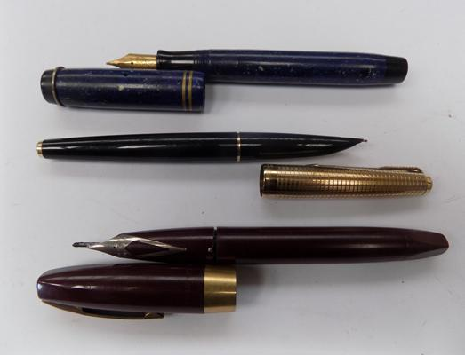 3 fountain pens, incl. Parker & Sheaffer, incl one 14k nib