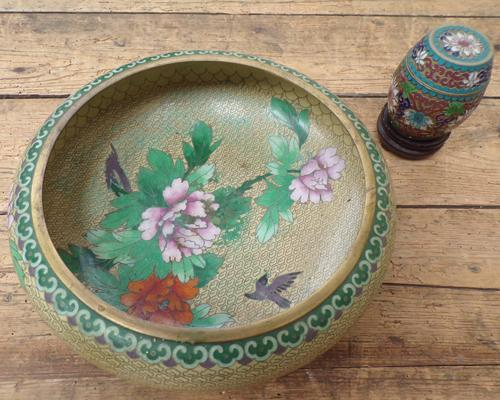 Cloisonne vintage oriental bowl and pot