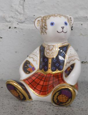 Royal Crown Derby Shona Bear