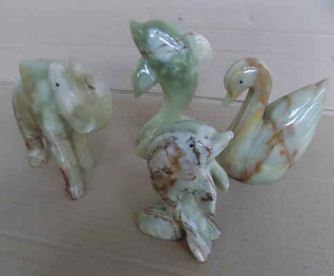 4 hand crafted onyx marble animal figures, no damage