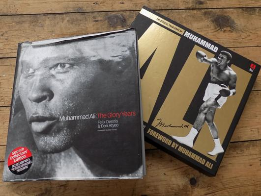 Official treasures of Muhammed Ali + book