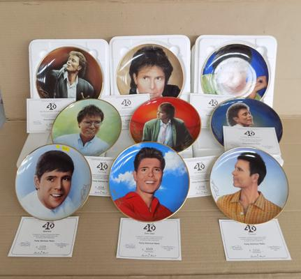Collection of Cliff Richard collector's plates, Danbury Mint x 12