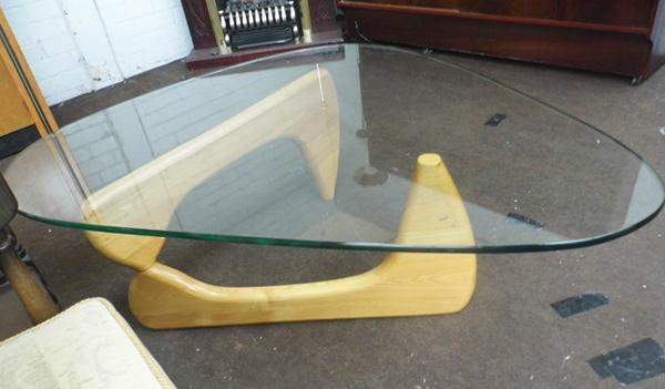 Swedish Designer Isamu Noguchi coffee table