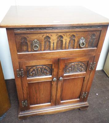Old charm style drinks cabinet