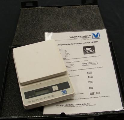 Cased set of digital scales