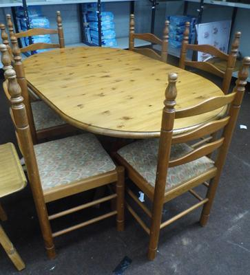 Ducal pine table and 6 chairs