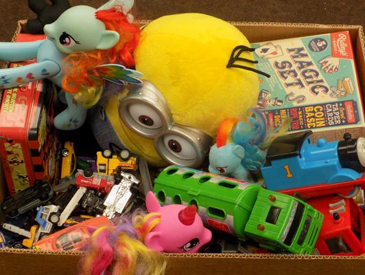 Box of mixed toys, incl. My Little Pony