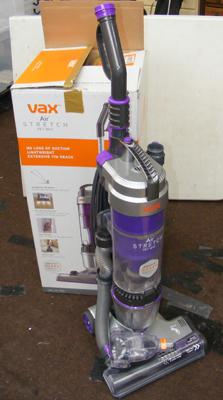 Vax air stretch vacuum cleaner with box in W/O
