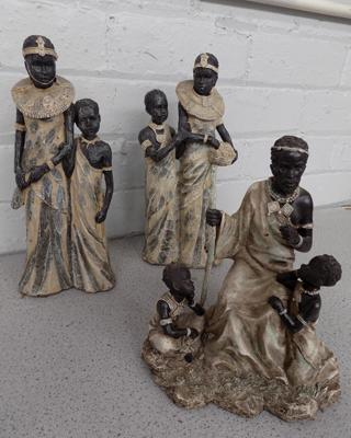 3 African family figurines - no damage
