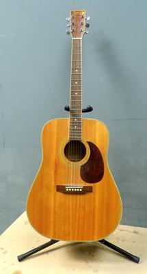 Tanglewood Earth 200 guitar with stand - some damage