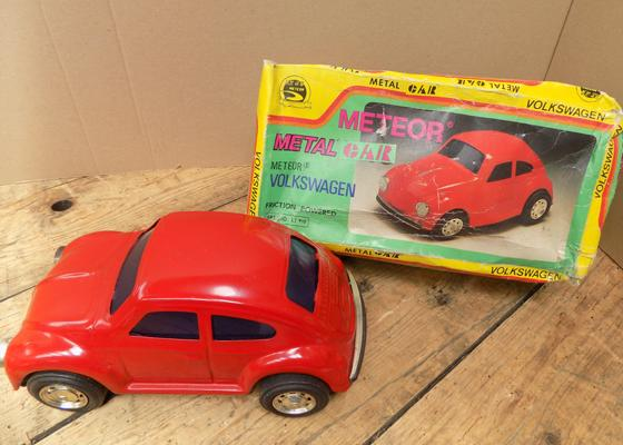 Vintage Meteor metal car - Volkswagon friction powered, with original box