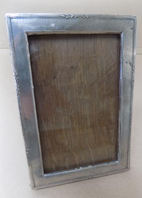 Vintage silver photo frame, approx. 6.5 x 4 inches
