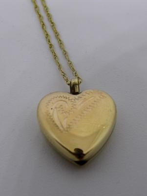 "9ct gold 16"" chain with 9ct gold opening heart locket"