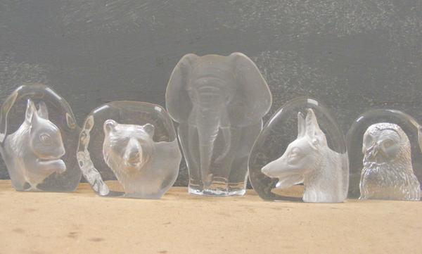 Job lot of glass ornaments, incl. paperweights & animals - elephant, bear, dog, squirrel, owl