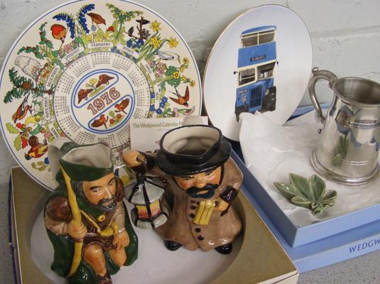 Mixed collectables , incl. ceramic Toby jugs, plates & Wade cermaic dish (some damage), Robin Hood & the Night Watchman