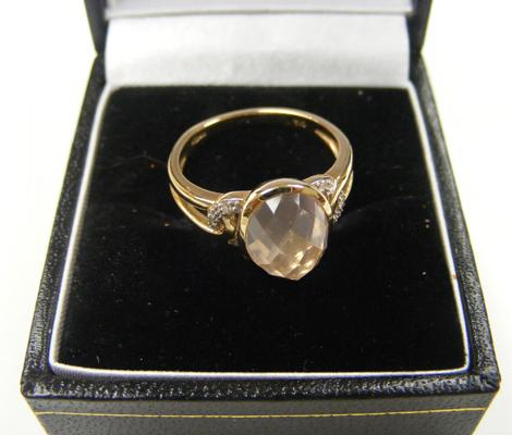 9ct gold ladies ring, diamond chips & pink opal - size M