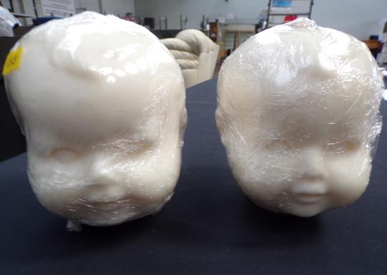 2x Baby candle heads