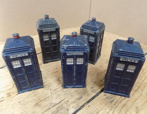 Dinky 1940's early diecast police boxes x5