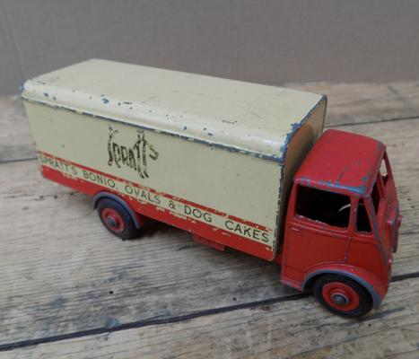 Dinky Superbys 1950 Guy Sprats lorry, all original paint and tyres