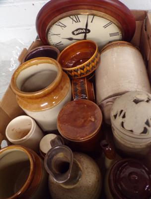 Box of mixed pottery, incl. Hornsea + Britvic clock