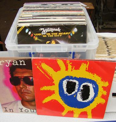 Box of mixed LP records, incl. Screamism by Primal Scream etc...