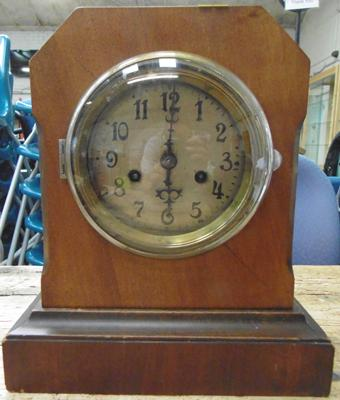 Victorian mantle clock w/o